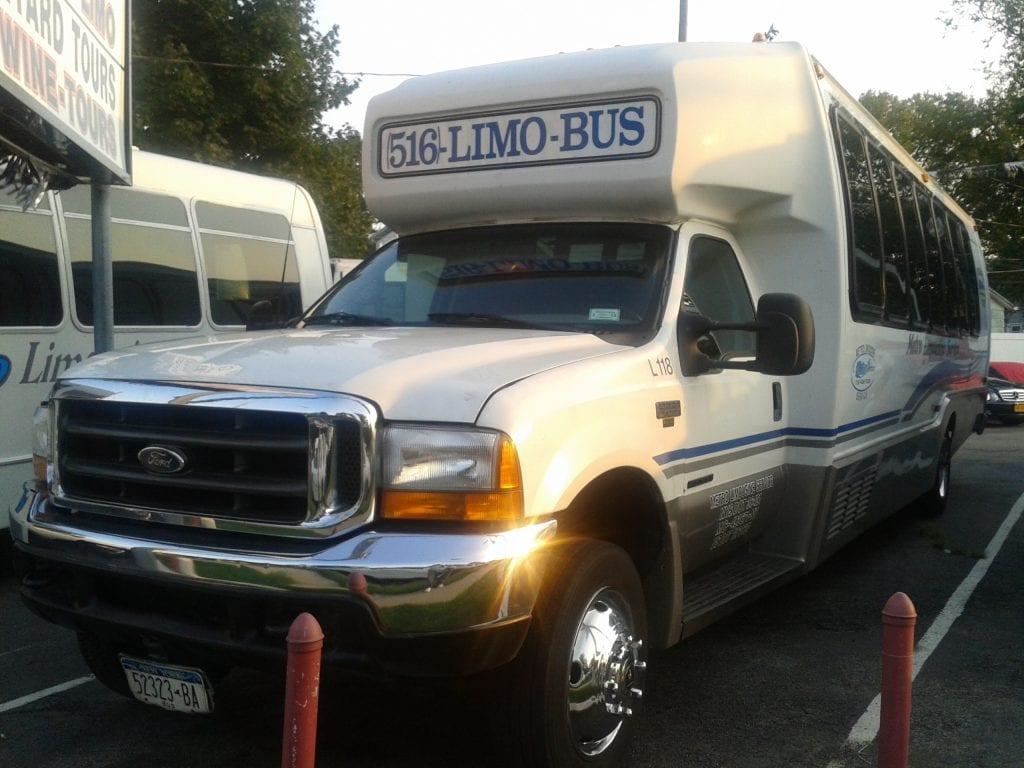 Long Island Buses